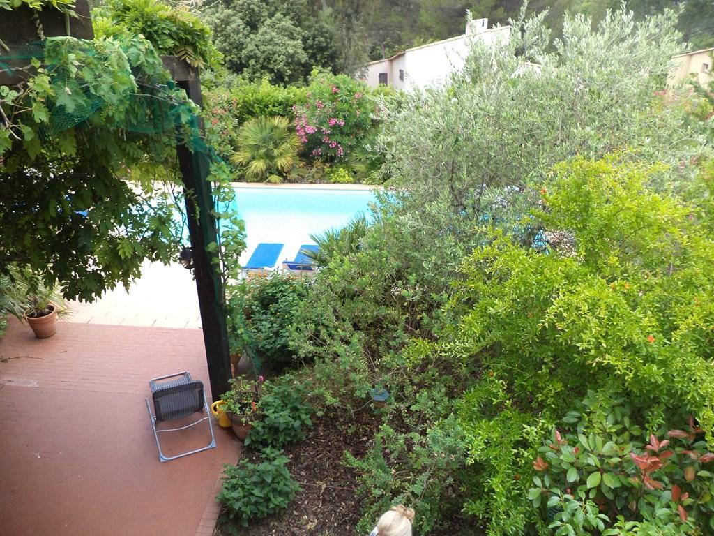 Boek een last minute in onze villa in Val d'Azur , Aanbieding  voor de weken van 7 tot 21 Juli met 15% korting. IPV 2850,-€ nu 2422,-€ per week