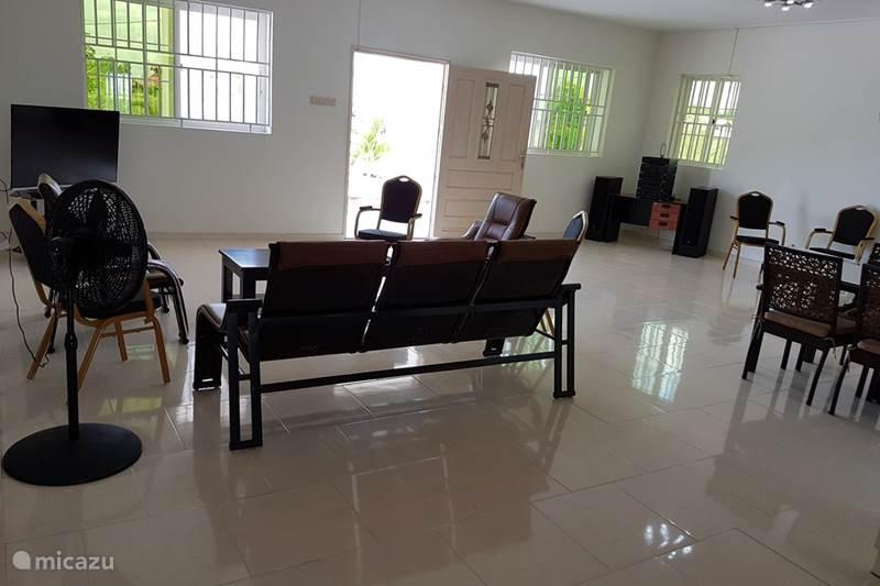 Vakantiehuis Suriname, Wanica, De Nieuwe Grond Stadswoning Riante luxe villa Sobraiweg 14 BR