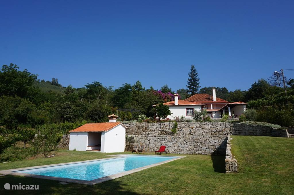 Vacation rental Portugal, Beiras, Viseu farmhouse Quinta do Sameiro
