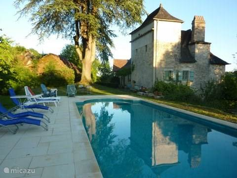 Vacation rental France, Lot, Cazillac holiday house Domaine le Cèdre, 3 gites, 14 pers.