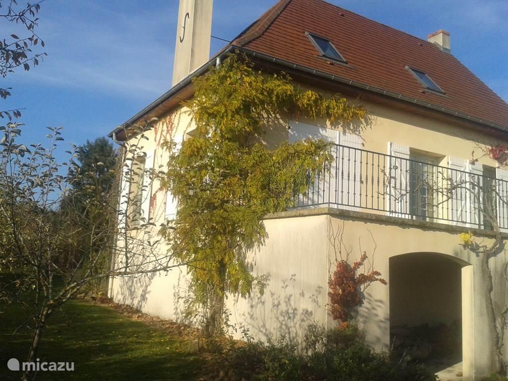 Vakantiehuis Frankrijk, Auvergne, Lapalisse vakantiehuis Vakantiehuis met sfeer en cachet