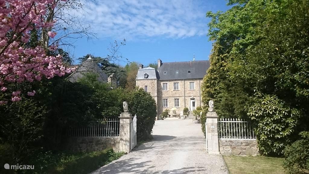 Vakantiehuis Frankrijk, Manche, Brix Landhuis / Kasteel Sfeervol 2 p Kasteelappartement