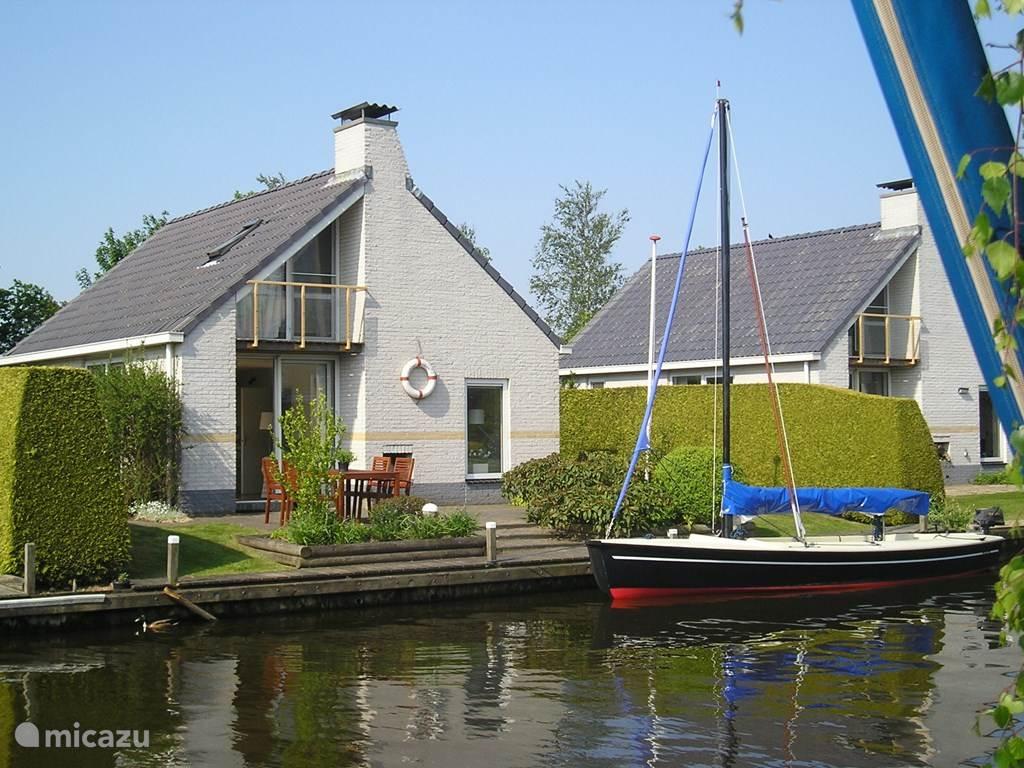Huis vanaf het water