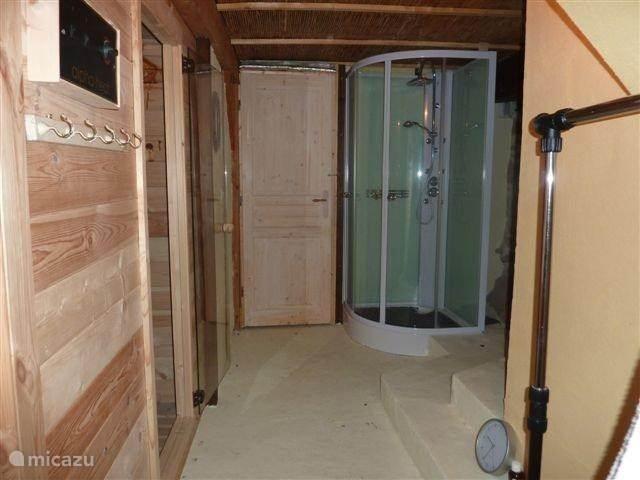 Studio La Cave, sauna en doucheruimte