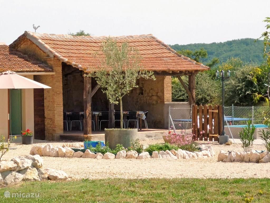 Gemeenschappelijk overdekt terras