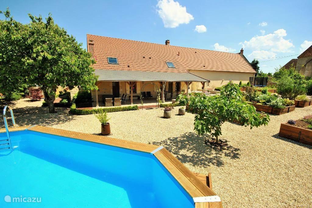 Vakantiehuis Frankrijk, Bourgogne, Varennes-lès-Narcy villa La Charité sur Loire