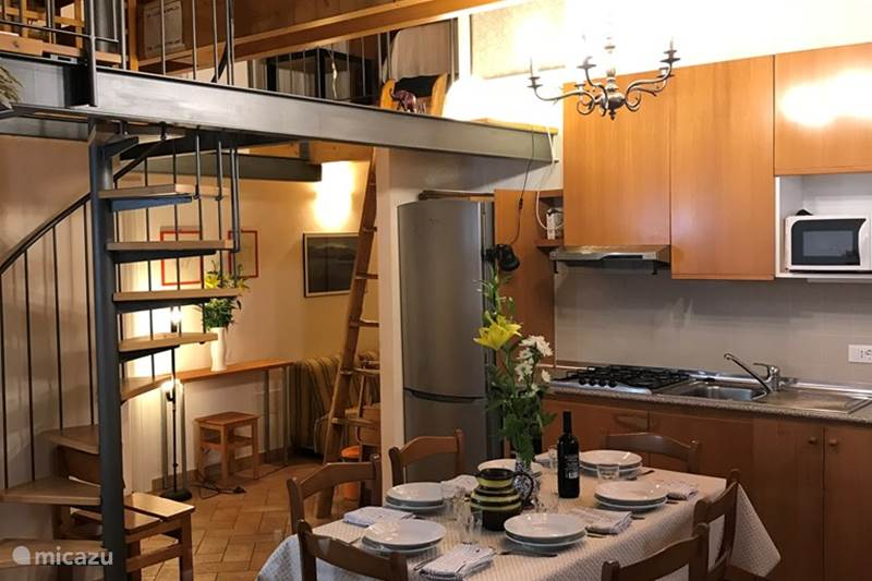 Vakantiehuis Italië, Comomeer, Montemezzo Chalet Chalet Cher appartement Le Papere