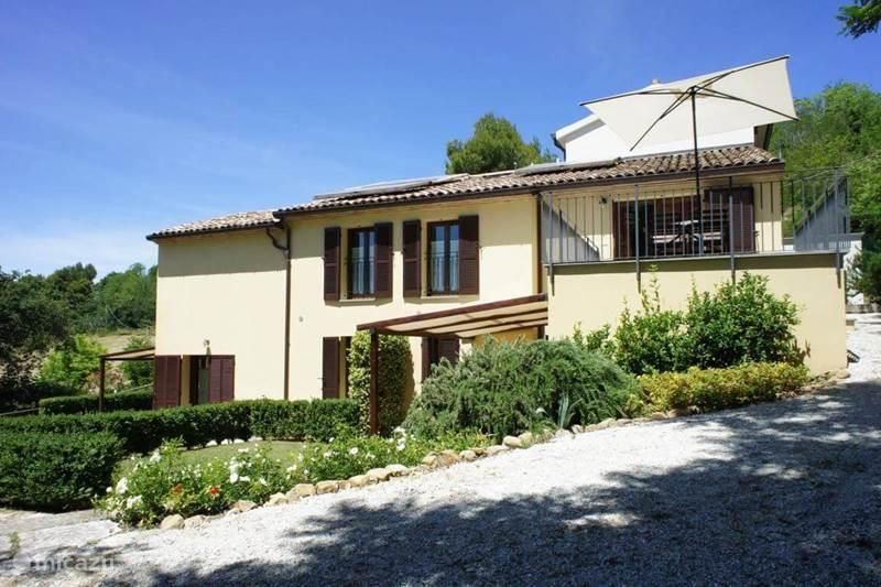 Vakantiehuis Italië, Marche, Fiorenzuola di Focara Appartement Case San Bartolo - le Ginestre
