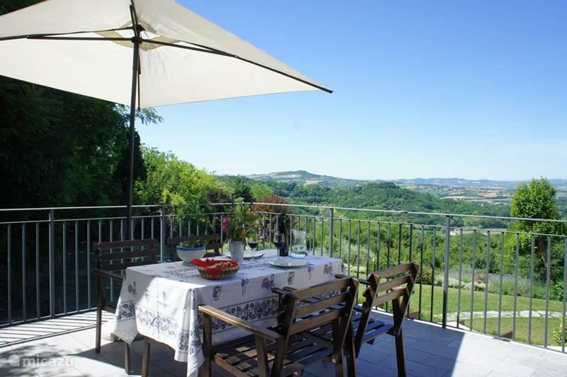 Vakantiehuis Italië, Marche, Fiorenzuola di Focara Appartement Case San Bartolo - Il Gelsomino