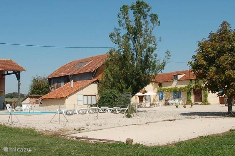 Vakantiehuis Frankrijk, Gers, Masseube Vakantiehuis AU BERNISSAN, vakantiehoeve tot 24p.
