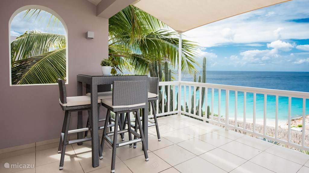 Enjoy the Caribbean Sea on your private terrace