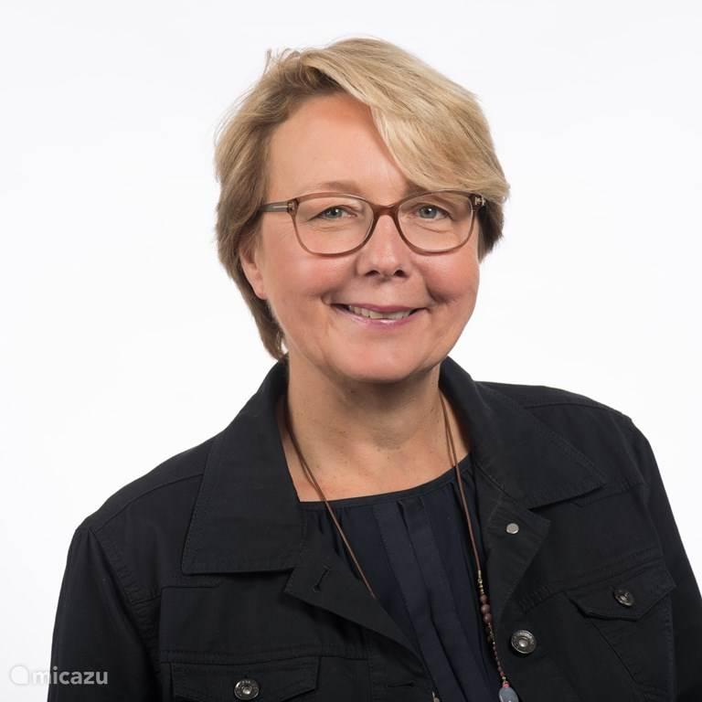 Esther Blokzijl