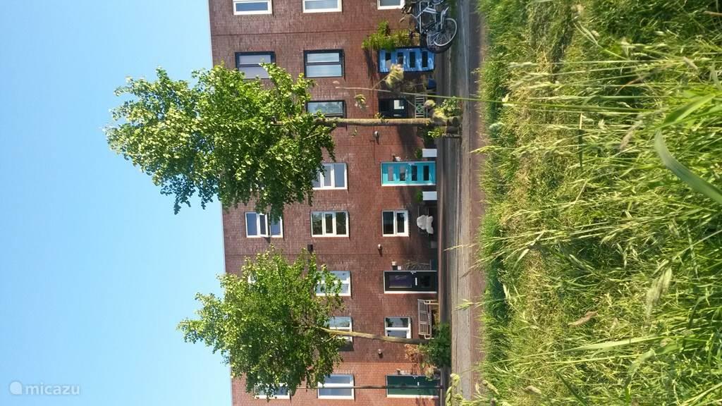 Vakantiehuis Nederland, Noord-Holland, Amsterdam geschakelde woning Watervilla Steigereiland
