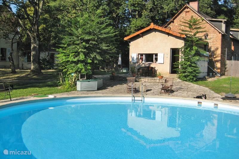 Vakantiehuis Frankrijk, Allier, Espinasse-Vozelle Gîte / Cottage Castel Bois Clair Allier gite