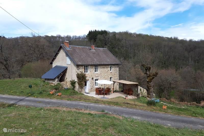 Vakantiehuis Frankrijk, Puy-de-Dôme, Saint-Gervais-d'Auvergne Gîte / Cottage Gîte 'Le Bonheur'