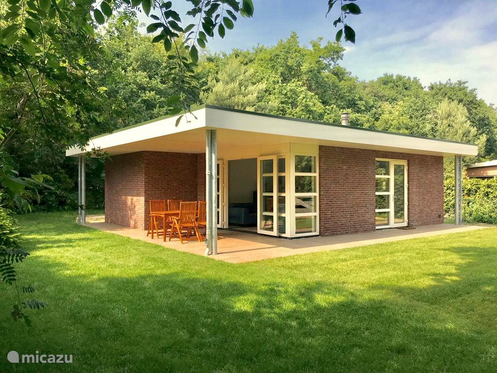 Vacation rental Netherlands, Zeeland – holiday house Bungalow Populier