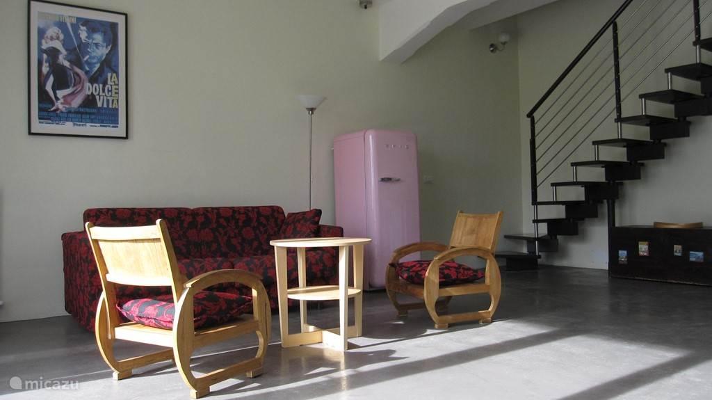 Woonkamer van een van de appartementen