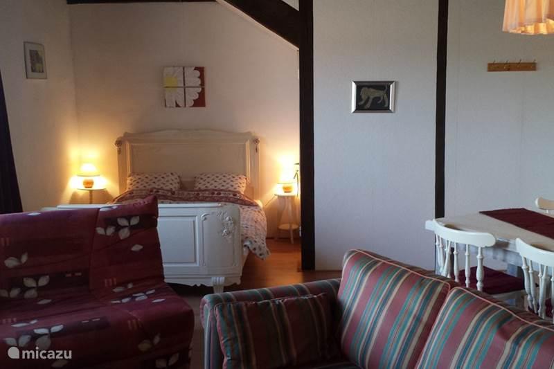 Vakantiehuis Frankrijk, Saône-et-Loire, La Comelle Gîte / Cottage Gîte La Comelle 'le Prince du Verne'