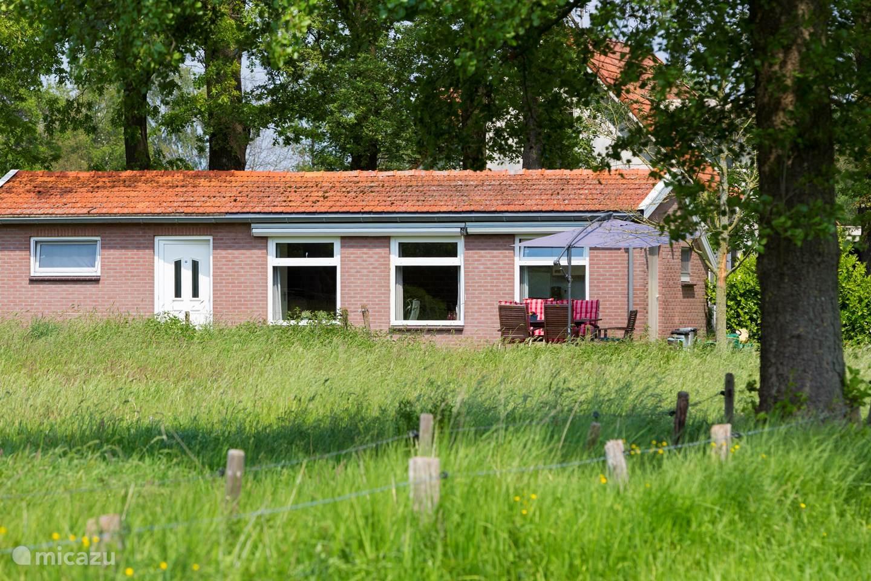 Vakantiehuis Nederland, Gelderland, Winterswijk - bungalow Kruisselbrink