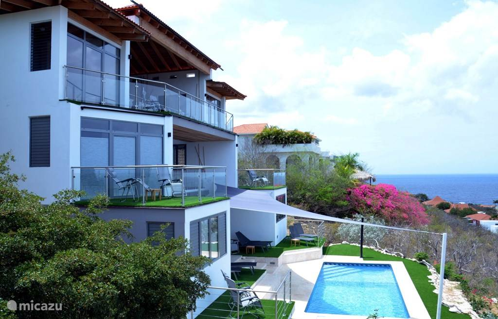 Vakantiehuis Curaçao, Banda Abou (west), Coral Estate, Rif St.Marie villa Coral Estate 649 | 14-pers. villa