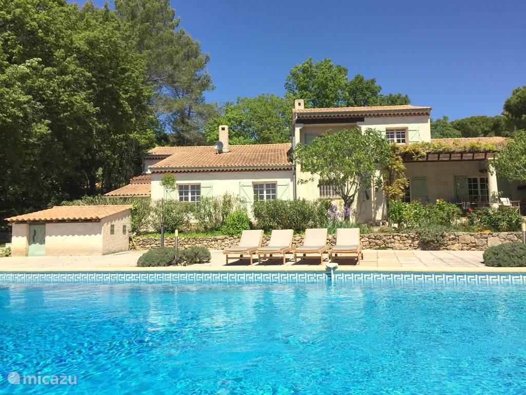 Lou Jas, een comfortabel ingerichte villa met veel luxe en privacy