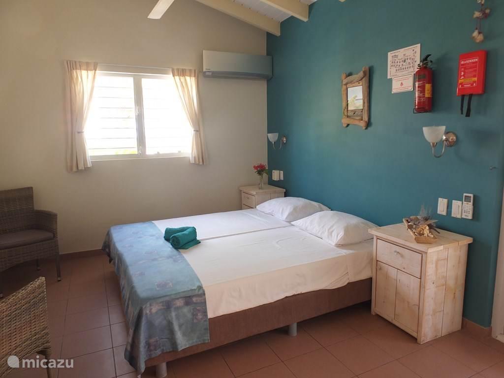 studio with 2 beds
