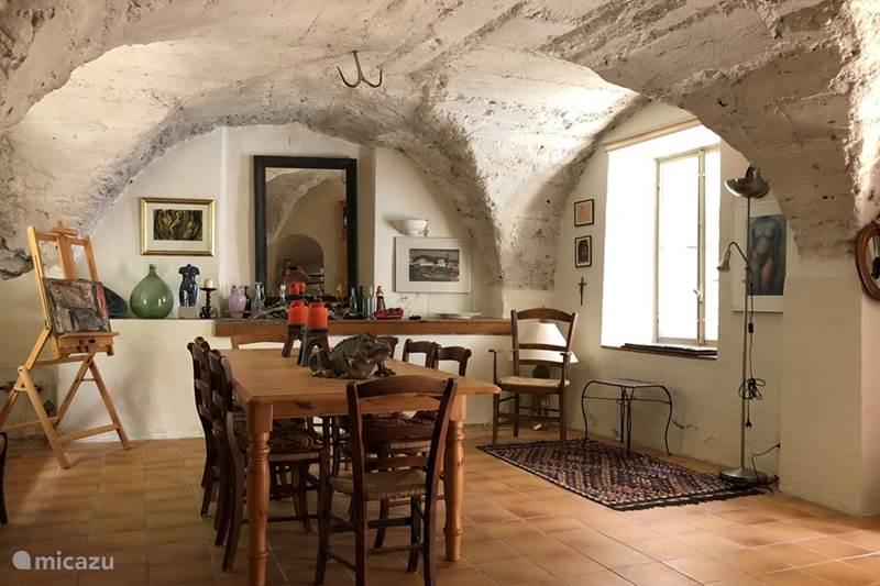 Vacation rental France, Ardèche, Alba-la-Romaine Townhouse Le Chabrol