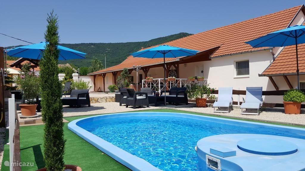 Vakantiehuis Hongarije U2013 Appartement Hungary Holiday Home ...