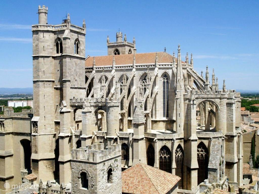 Narbonne (25 km)