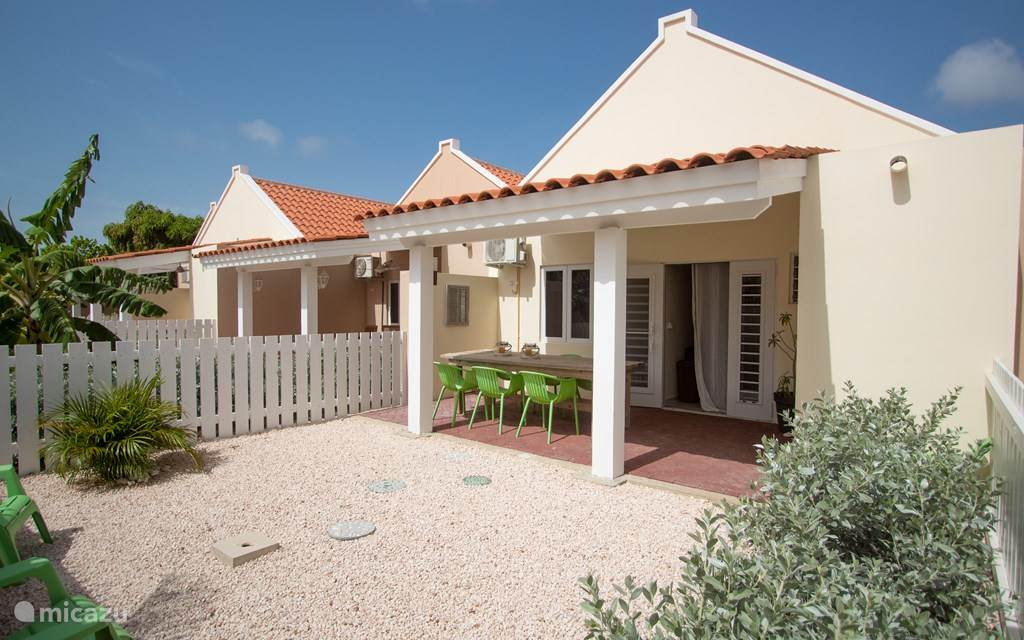 Vacation rental Curaçao, Banda Ariba (East), Cas Grandi Holiday house Luxury home on resort with swimming pool
