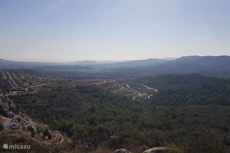 uitzicht over de heuvel
