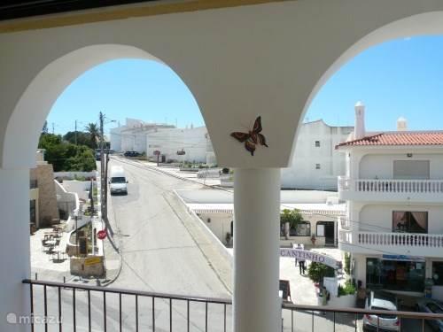 Zwembad Op Balkon : Algarve appartement zwembad pers in carvoeiro algarve huren