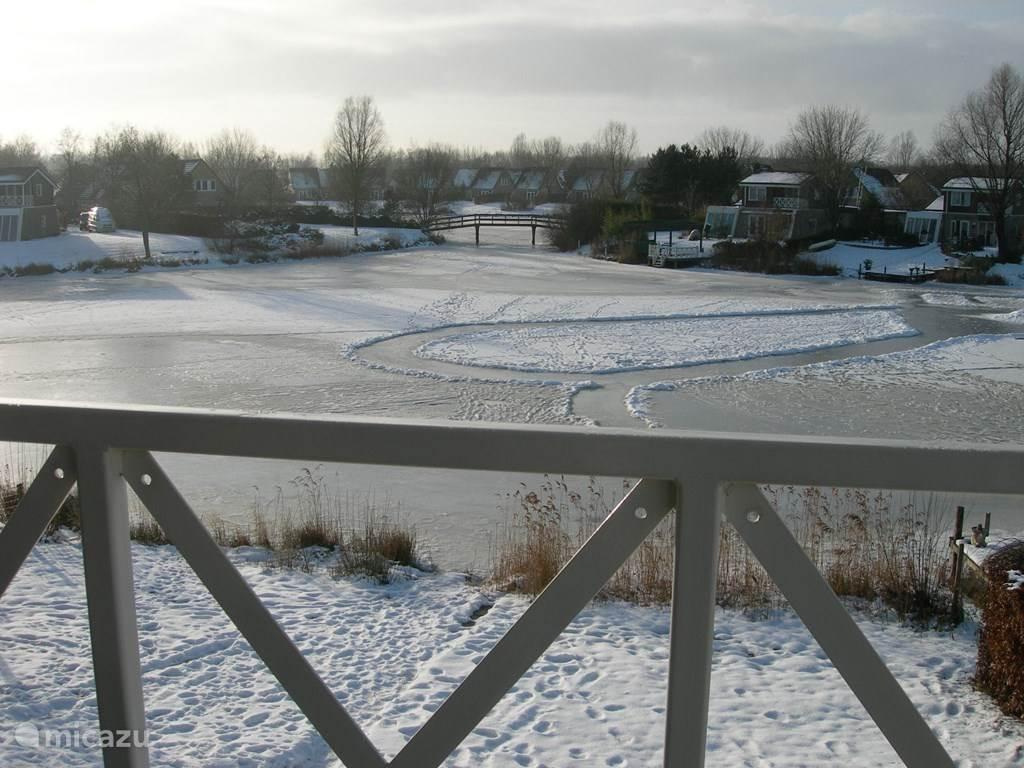 winters plaatje vanaf de loggia