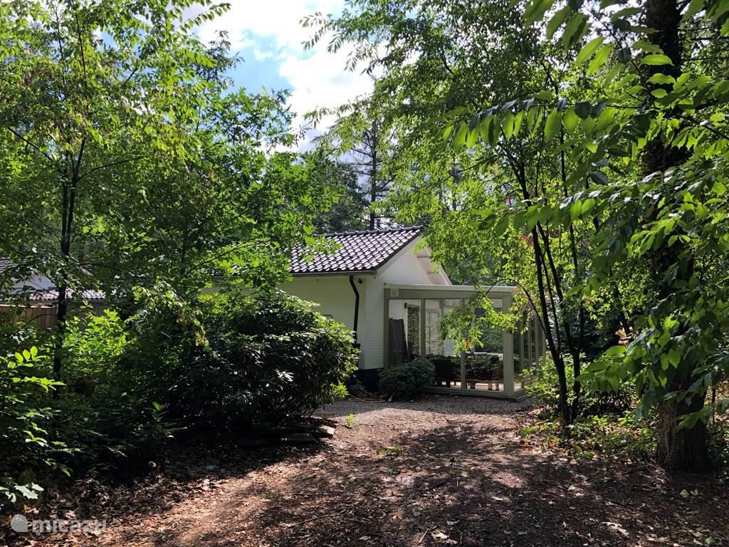 Vakantiehuis Nederland, Gelderland, Otterlo geschakelde woning Boshuis in Otterlo