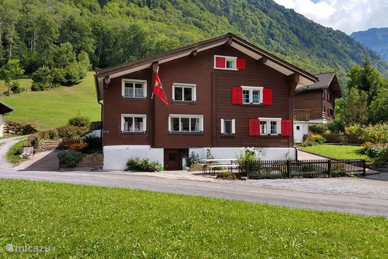 Vakantiehuis Zwitserland, Oost Zwitserland, Engi Vakantiehuis Glärnisch Blick
