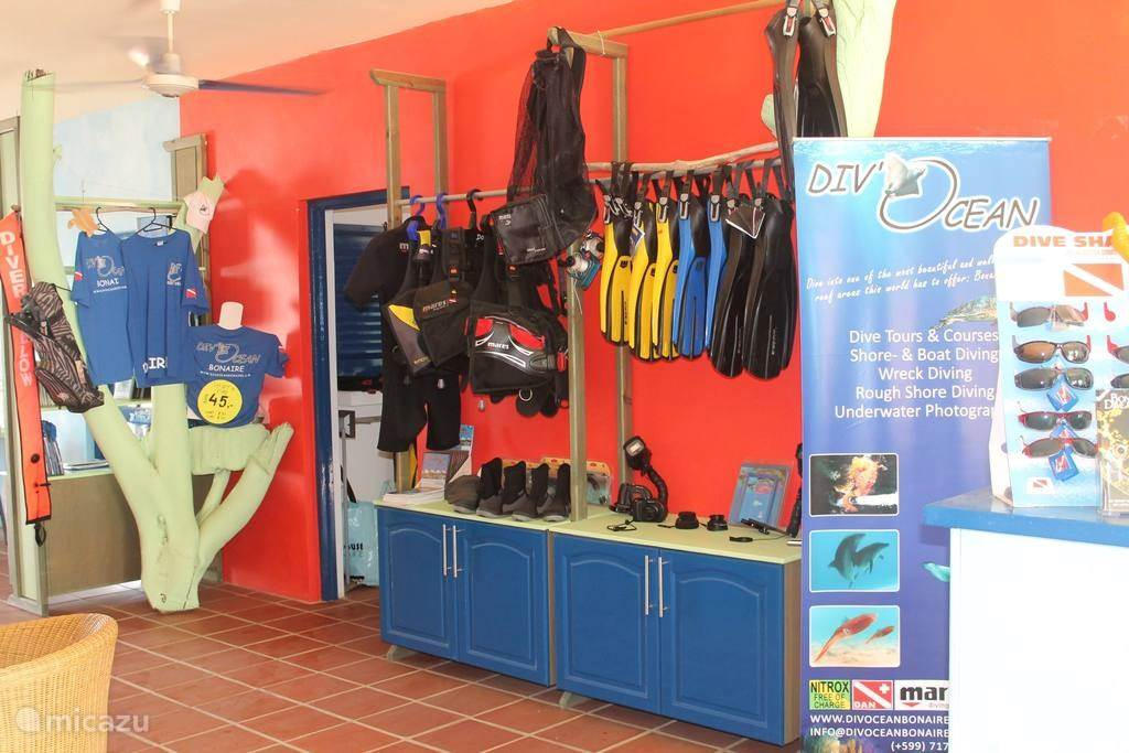 dive shop on resort