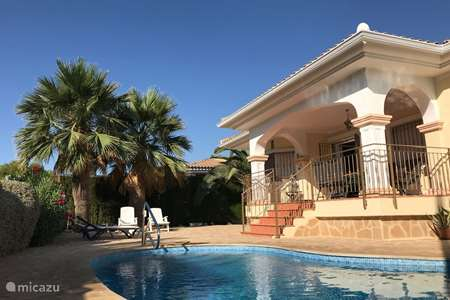 Vacation rental Spain, Costa Blanca, Bonalba villa Casa Florida