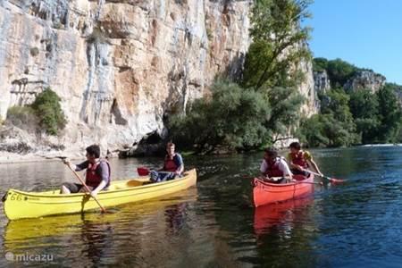 Outdoormogelijkheden, kayakken, kanoën, speleologie, abs, 25 auto min.