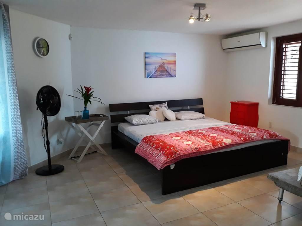 Ruim bed 2x2 meter