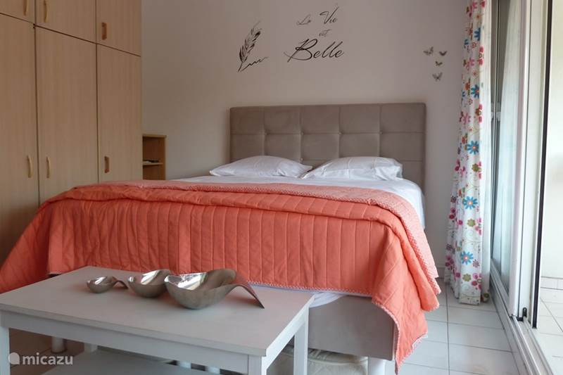 Vacation rental France, French Riviera, Villeneuve-Loubet Studio Les Voiles Bleues