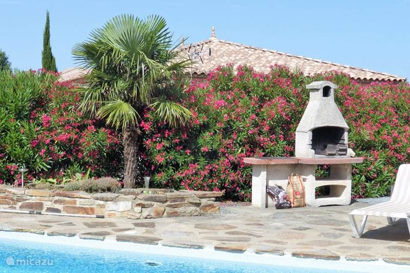 Vacation rental France, Hérault, Assignan Villa Pierradore