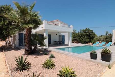 Vakantiehuis Spanje, Costa Dorada, L'Ampolla vakantiehuis Casa Mi Favorito met zwembad
