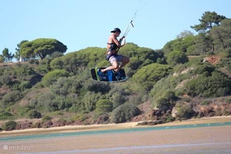 kitsurfing