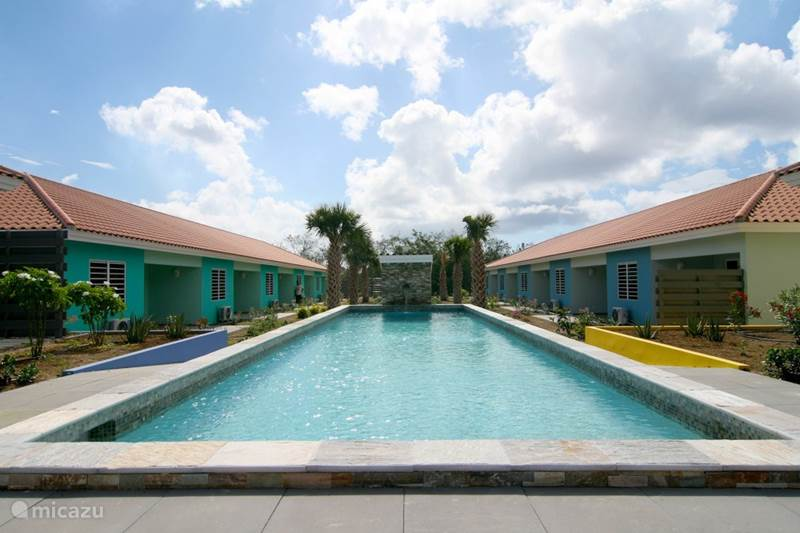 Vacation rental Curaçao, Curacao-Middle, Blue Bay Holiday house New house on resort with swimming pool