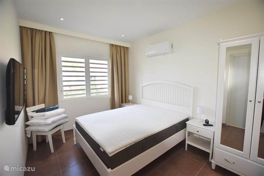 Vakantiehuis Curaçao, Curacao-Midden, Blue Bay Vakantiehuis Nieuwbouwhuis op resort met zwembad