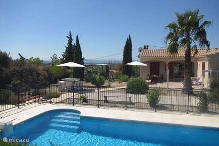 Vacation rental France, Hérault, Azillanet villa Villa les Cavaliers