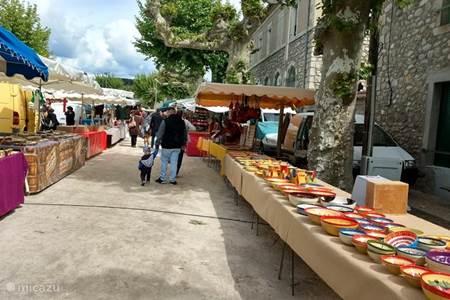 Markt in Joyeuse