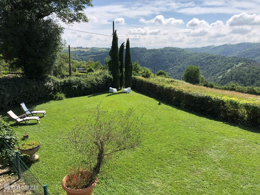 Uitzicht over de tuin