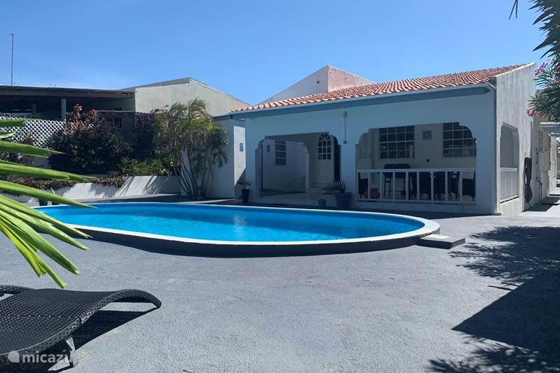 Vacation rental Curaçao, Banda Ariba (East), Jan Thiel Villa Villa Panseiku