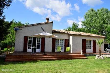Vacation rental France, Alpes-de-Haute-Provence, Castellane holiday house Maison Verdon Castellane